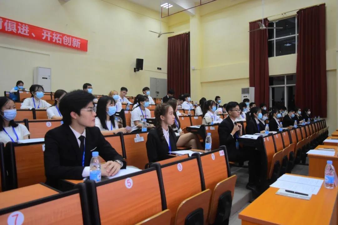 广东新安职业技术学院第二十二次学生代表大会顺利召开